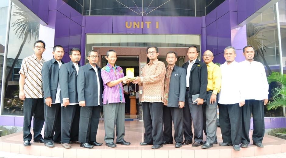 Studi Banding STIKMA ke Amikom Yogyakarta