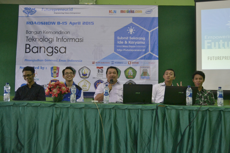 "Seminar ""Technopreneurship Membangun Kemandirian IT Bangsa"""