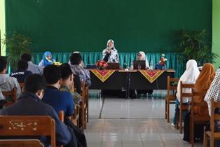 Summary Seminar PKM STT STIKMA Internasional