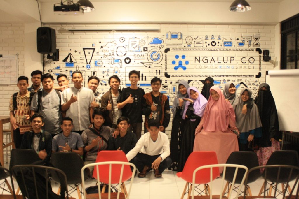 DEVELOPERS STUDENT CLUB STT STIKMA Internasional