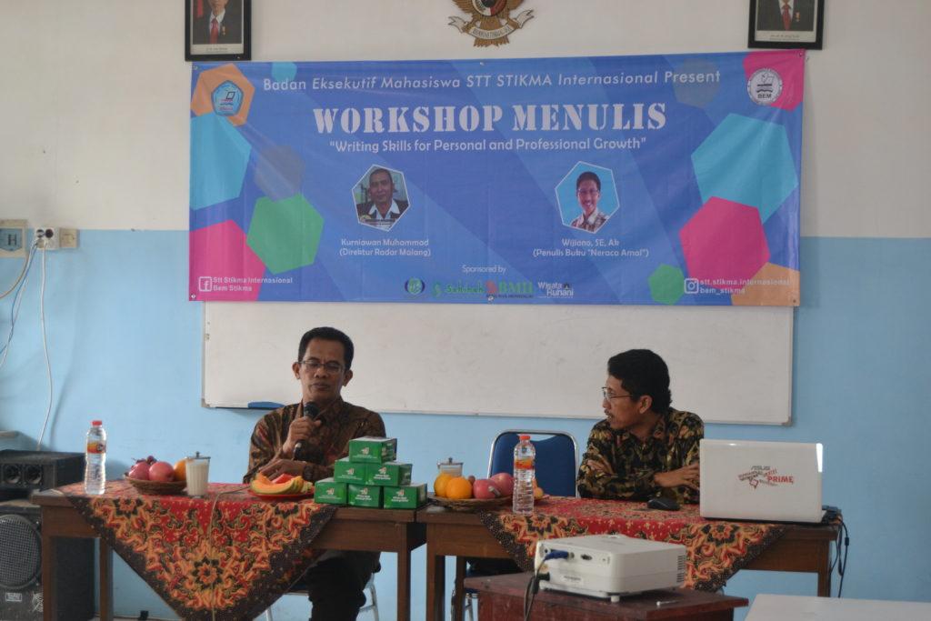 """Antusiame Guru, Dosen dan Mahasiswa dalam """"Workshop Menulis"""""""