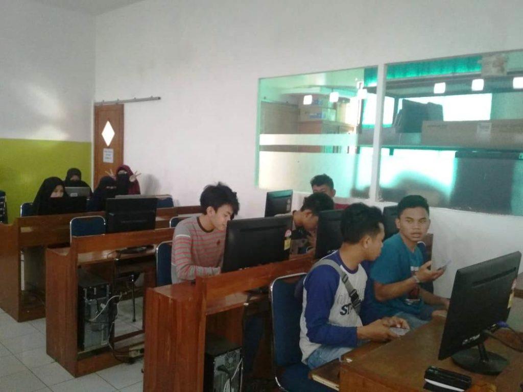 UKM (Unit Kegiatan Mahasiswa) ROBO IT: Android